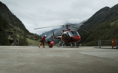 Helly Hansen, Air Zermatt und Recco®: gemeinsam für mehr Sicherheit am Berg